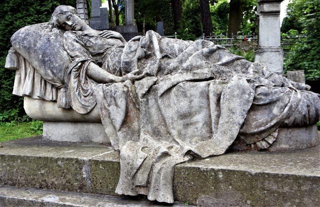 grave-2625396_1920